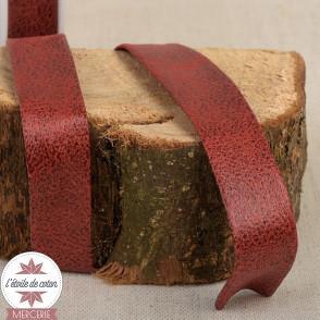 Biais simili cuir vieilli rouge - 20 mm