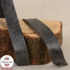 Biais simili cuir vieilli gris noir - 20 mm