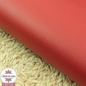 Simili cuir double face rouge daim - coupon 50 x 70 cm