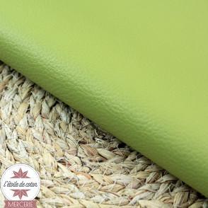 Simili cuir fin vert fenouil - coupon 50 x 70 cm